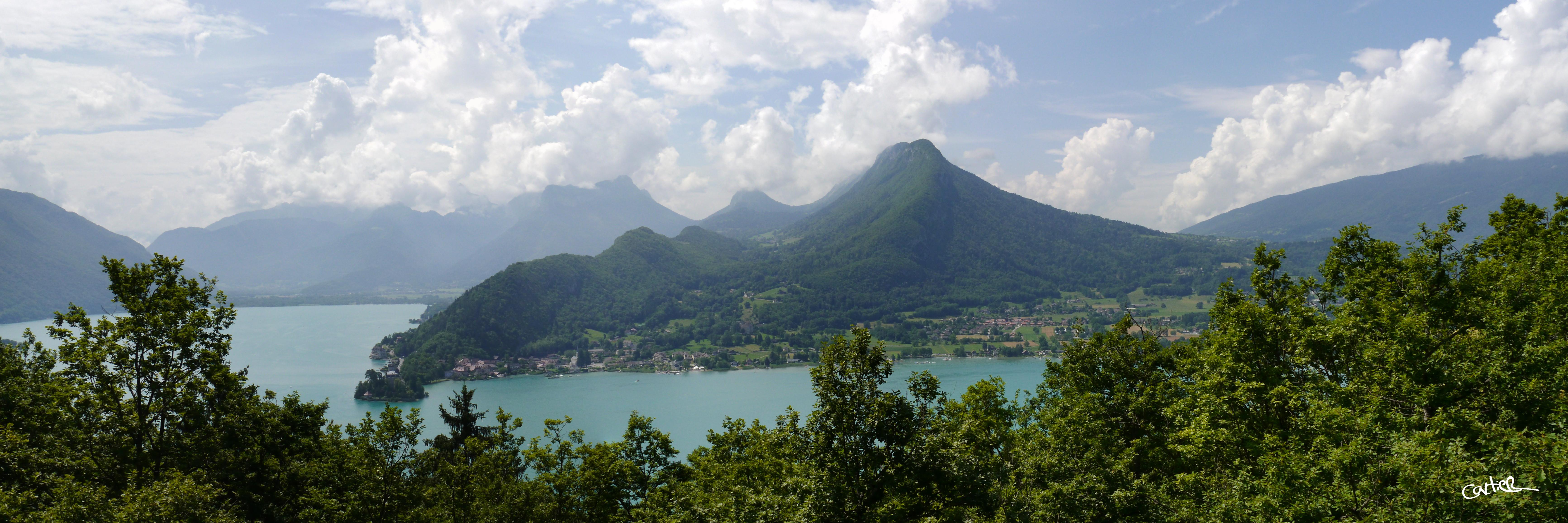 Lac d'Annecy depuis le Roc de Chère
