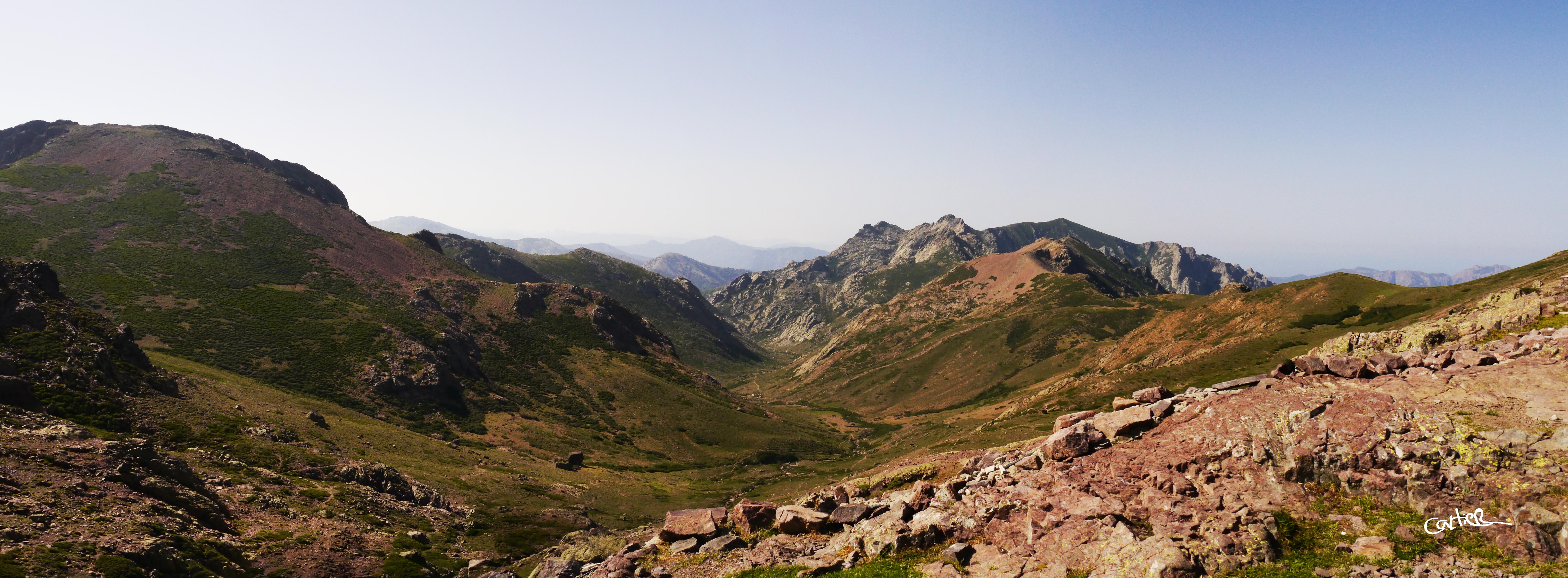 Panorama vallée du Golu
